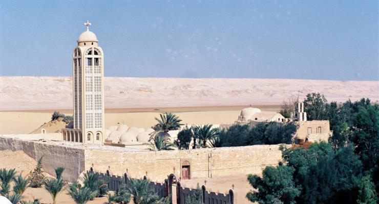 Египет закрывает религиозные храмы из-за коронавируса