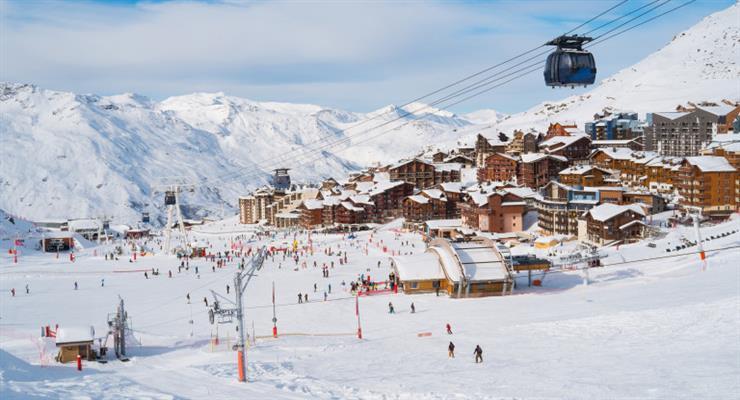 Бар на австрийском горнолыжном курорте расследуется на предмет сокрытия случая коронавируса