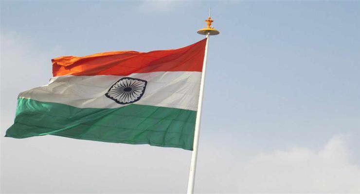 Индия вводит полный карантин из-за коронавируса