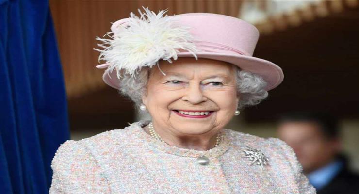 Британская королева Елизавета II выступила с посланием нации