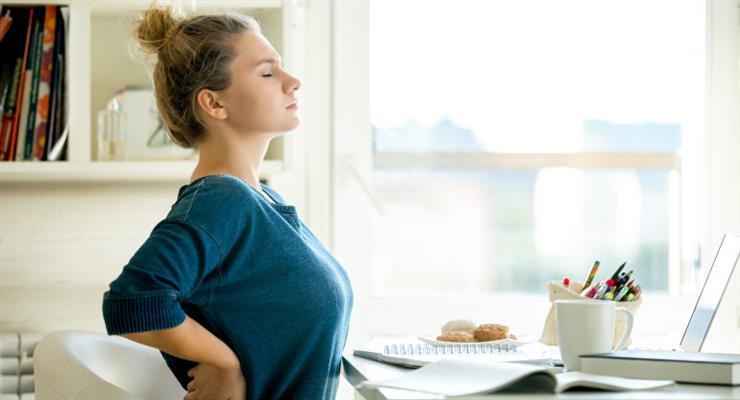 работа на дому способствует вредным привычкам