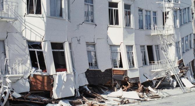 землетрус викликав паніку в Албанії