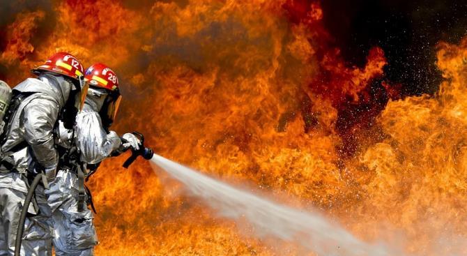 25 человек погибли в результате пожара на строительной площадке