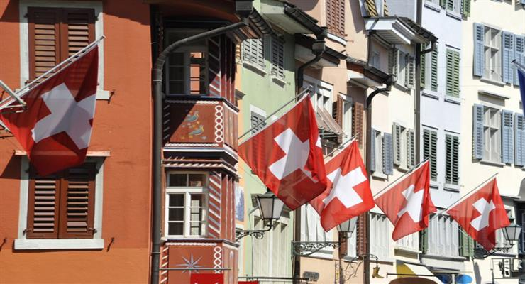 в Швейцарії планують вихід з карантину в 3 етапи