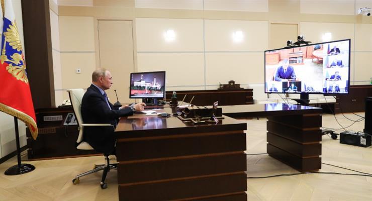 Путин продлил отпуск до 30 апреля
