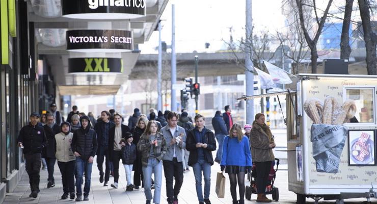 Швеция рассматривает поворот в борьбе с коронавирусом