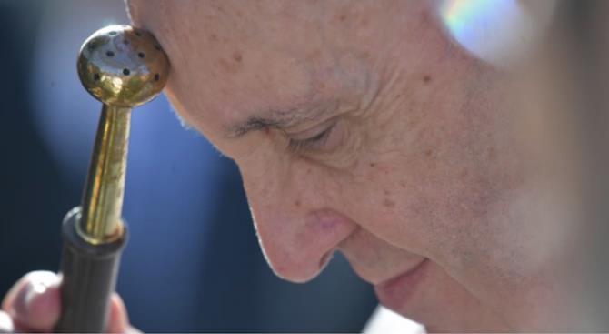Папа Франциск совершил необычную литургию в Вербное воскресенье