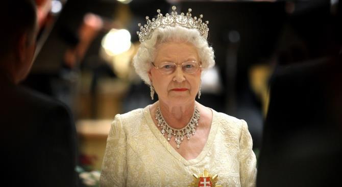 Єлизавета II хоче скоріше повернутися до роботи