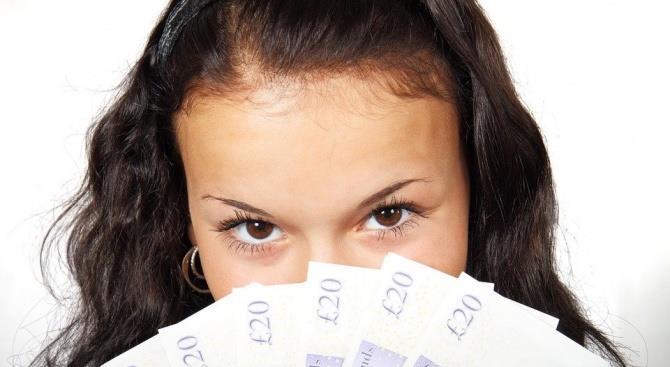 коронавірус передається через банкноти і банківські картки