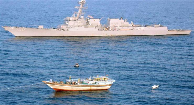 опинившись в небезпеці, військовий корабель «прийме законні захисні заходи»