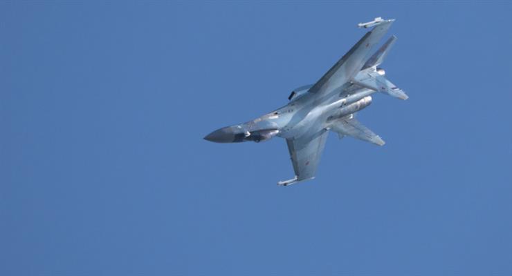два російські винищувачі Су-35 супроводжували американський розвідувальний літак Poseidon P-8A