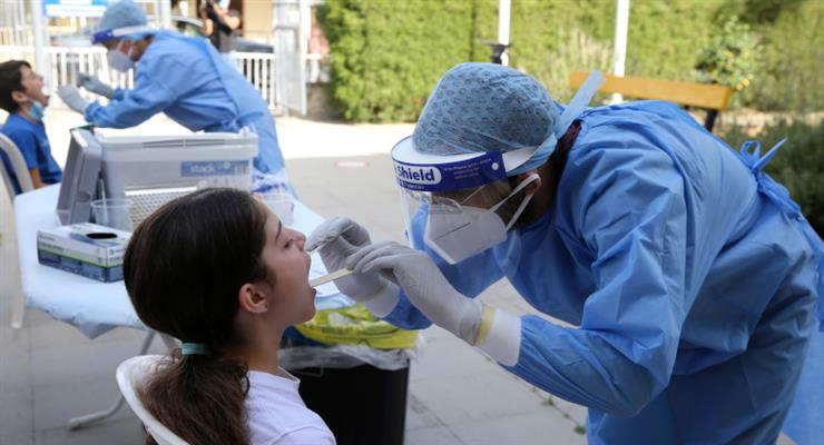 в разі зараження вірусом влада Кіпру оплатять лікування