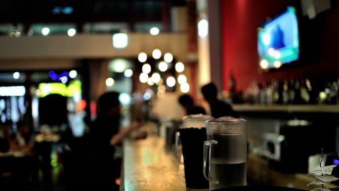 наповнюваність барів і ресторанів буде в 2 рази менше