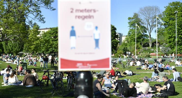 в Швеції падає довіра до здатності уряду впоратися з вірусом