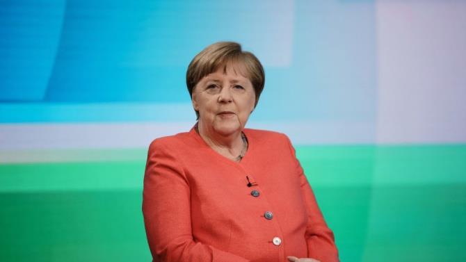 канцлер Німеччини Ангела Меркель відмовилася вступати на посаду в п'ятий раз