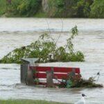 Проливні дощі обрушилися на Україну