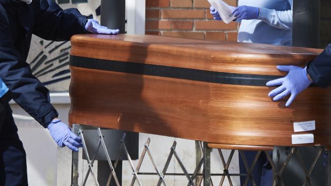 французские таможенники изъяли 65 кг каннабиса, спрятанного в гробах