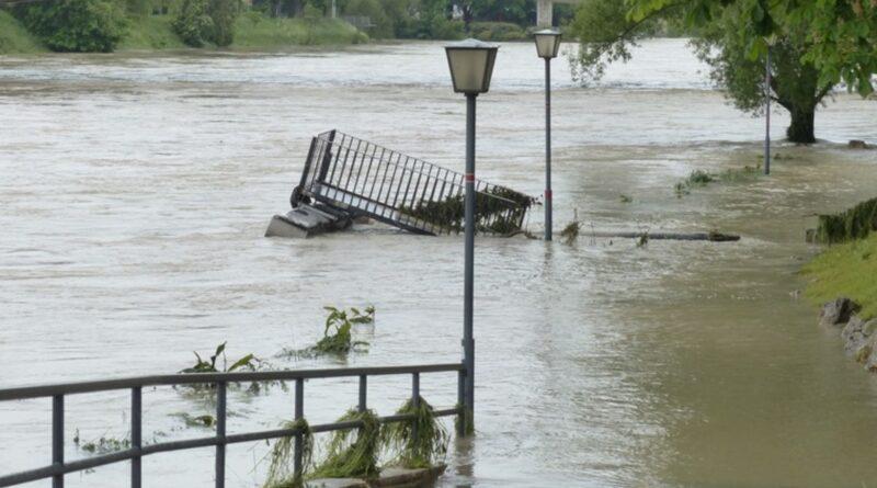 зливи і град завдали серйозної шкоди Румунії
