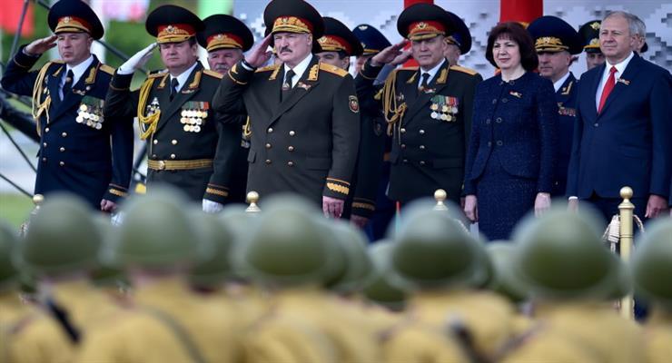 Лукашенко избавляется от конкурентов