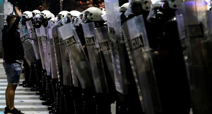 протести в Белграді тривають