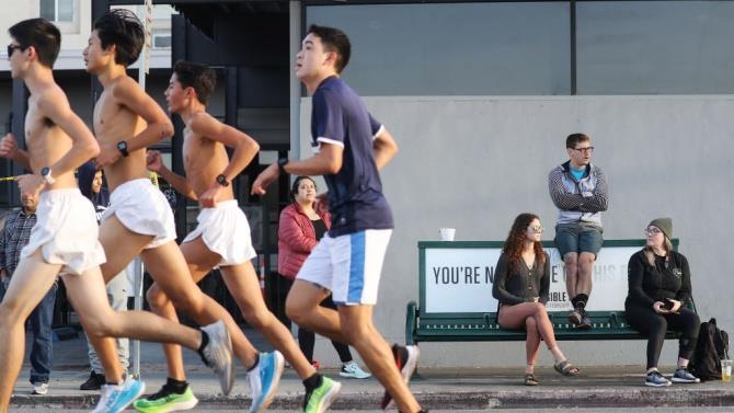 п'яний водій збив марафонців