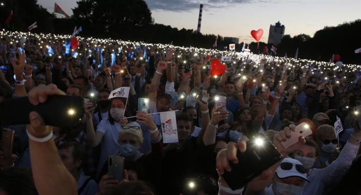 63-тисячний мітинг в Мінську