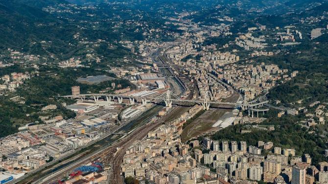 президент Италии Серхио Матарелла участвовал в церемонии открытия нового моста в Генуе
