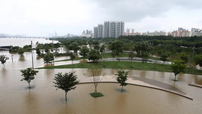 мусонні дощі викликали повінь