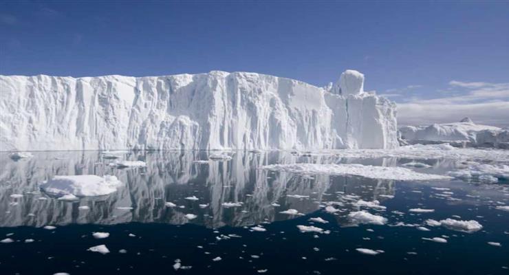 покрытие из специальных химикатов позволит самолетам приземляться на лед