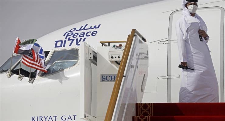 перший прямий торговий рейс з Ізраїлю в ОАЕ