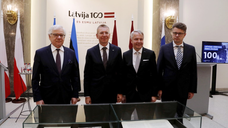 Польща пропонує посередництво між Лукашенко і опозицією в Білорусі