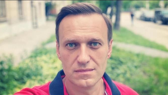 Навальний потрапив в лікарню після отруєння