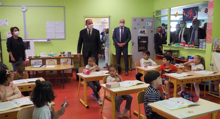 во Франции уже закрыли 22 школы