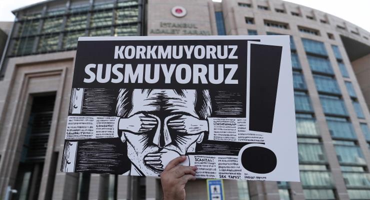 5 журналістів опинилися за ґратами