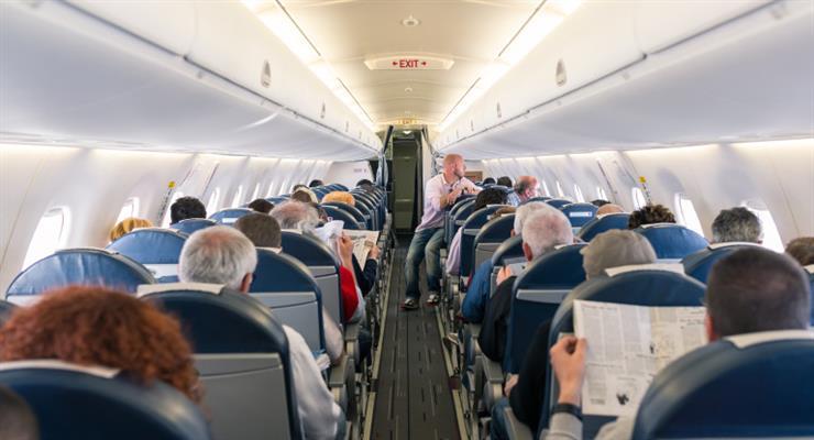 в аеропортах США припинять тестування на коронавірус