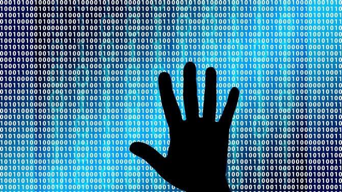 из-за кибератаки умерла женщина