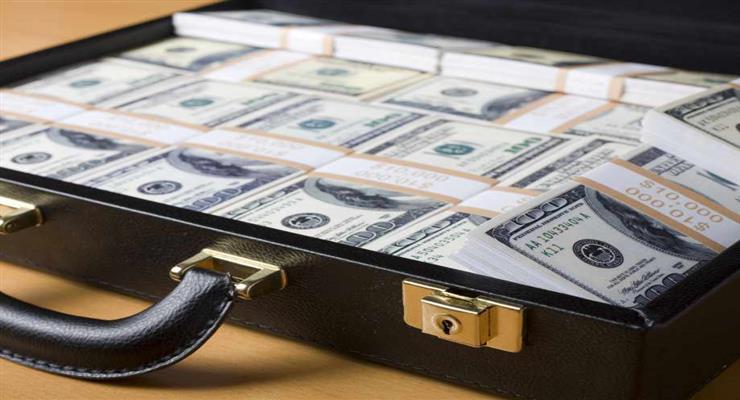 олигарх обвинен в отмывании денег