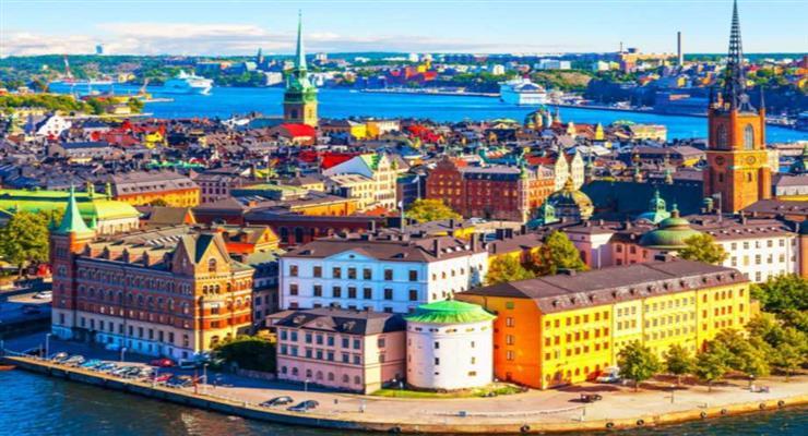 в Швеції діє принцип добровільної вакцинації