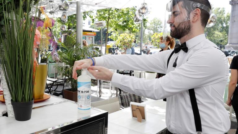 Мадрид ужесточает меры против распространения коронавируса