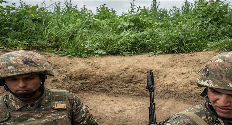 в Нагірному Карабасі продовжують гинути люди