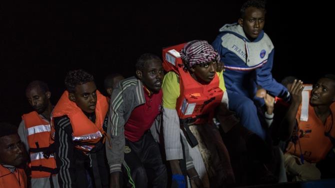 човен з мігрантами затонув