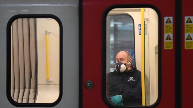 близько 100 тисяч осіб було оштрафовано в Москві за відсутність маски