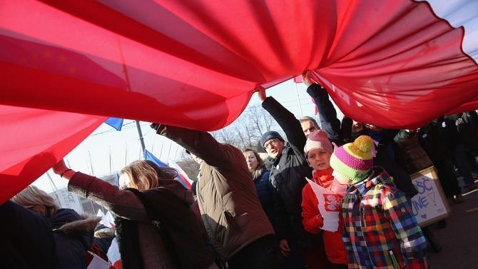 поляки закликають до бойкоту нового міністра освіти Польщі