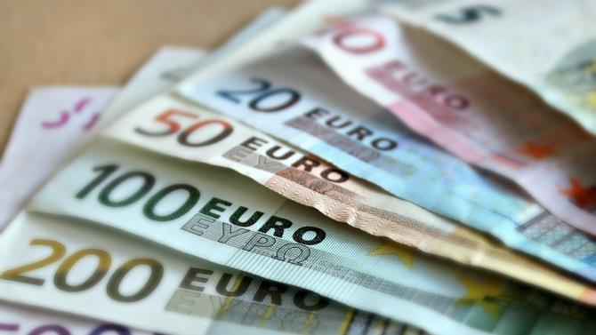 правительство Греции было вынуждено вернуть пенсионерам незаконно удержанные суммы