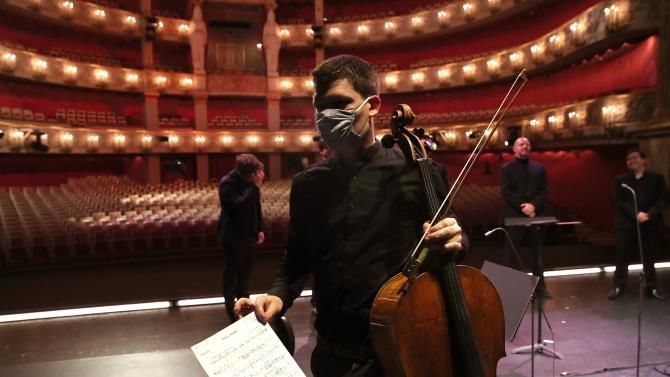 в Венской опере строго соблюдаются меры предосторожности