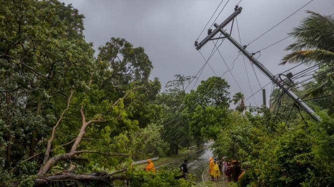 тайфун Молаве пройшов через Філіппіни