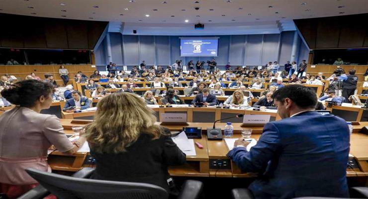 ЕС разрабатывает общий план борьбы с коронавирусом