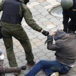 Білорусь наказала банкам конфіскувати гроші, пожертвувані на акції протесту