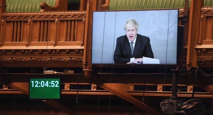 в Англії посилюють обмежувальні заходи