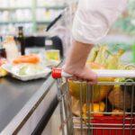 Що міститься в нашій їжі: хімікати, бактерії і сміття